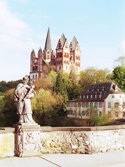 Dom zu Limburg (hardy1809) Tags: bridge film church 50mm nikon cathedral dusk dom f14 kirche f3 dmmerung nikkor agfa expired agfaportrait160 limburganderlahn silverfast coolscaniv altelahnbrcke