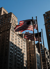DSF14311 (howardzhang100) Tags: city usa newyork flag nation fujifilm pennstation       classicchrome