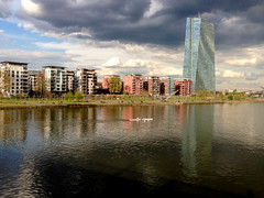 Clouds gathering over the EU (USpecks_Photography) Tags: clouds frankfurt main riverfront ecb ezb europeancentralbank