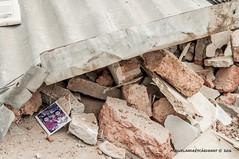 zero (m!guel.andrs.crdenas) Tags: ladrillo casa ecuador foto manta dolor terremoto desastre manab sismo
