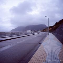 20160319-03 (GenJapan1986) Tags: 2016 fujifilmgf670wprofessional         6x6 travel island film   japan sea pacificocean landscape niijima fujifilmprovia400x
