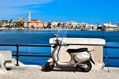 Bari (Luigi Corvaglia) Tags: mare waterfront scooter da promenade vehicle lungomare pesca bari canna