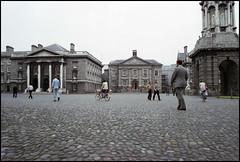 Ireland 1981 (3_15) (Hans Kerensky) Tags: road trip ireland dublin 120 film college august safety ii trinity 1981 kodacolor 5035 plustek opticfilm
