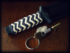 Pineapple knots (Stormdrane) Tags: blue winter white black project handle boot design diy bottle keychain keyring key glow decorative knife wrap knot gift pineapple howto midnight edc grip exchange opener everydaycarry useful gid paracord 2015 stormdrane knoteverythingforums covertknots