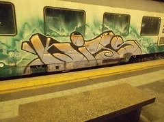 b- boy power (en-ri) Tags: train writing torino graffiti kits nero lilla