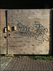 Puzle, Force, Itemz SFL (Alex Ellison) Tags: urban graffiti force boobs tag graff wmb sfl northlondon puzle itemz 4ce