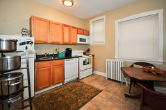 1582.Oak.3.KI (BJBEvanston) Tags: kitchen horizontal studio furnished 1582 1576 15823 1576oak 1582oak