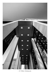 Frankfurt City 016_web (vschh) Tags: bw white black architecture canon germany eos frankfurt architektur weiss schwarz 70d