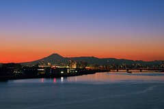 Sunset over Tama River (mon_masa) Tags: sunset sky reflection silhouette japan skyline river landscape tokyo twilight scenery dusk mountfuji magichour mtfuji bluemoment
