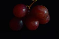 grapes 1 (shell_init3000) Tags: fruit grapes