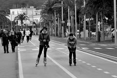 punk (Stefano E) Tags: sardegna street girls people blackandwhite strada sardinia candid rollerblade cagliari biancoenero pattini poetto ragazze