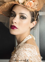 Florencia (Moments by Xag) Tags: light portrait flower luz fashion vintage model eyes nikon dress retrato flash flor moda dream lips modelo ojos labios vestido sueño 2470mm d610 xag ltytr1