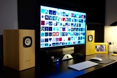 desktop audio (mike thomas) Tags: desktop black mac setup audio speakers blumenstein