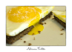 af0808_5357 - Copy (Adriana Fchter) Tags: food cooking bread hands comida salt alimento butter eggs po sal maos ovos complexo frutera trufas manteiga popreto lucianedaux