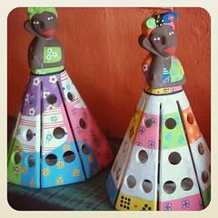 Bom dia menin@s!!! Bonecas luminária, vieram ao mundo para dar a luz  #bonecas #boneca #namoradeira #luminária #abajur #artesanatomineiro #artesanato #artesanatobrasil #artesanal #minasgerais #decoração #decorar #decoracao (fabriciabarcelos) Tags: minasgerais bonecas artesanato artesanal boneca decoração abajur decoracao luminária namoradeira decorar artesanatomineiro artesanatobrasil