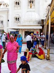 SikhTempleNewDelhi011 (tjabeljan) Tags: india temple sikh newdelhi gaarkeuken sikhtemple gurudwarabanglasahib