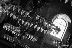 Santa Sofia (adrivallekas) Tags: trip travel light blackandwhite bw history byn blancoynegro museum bulb canon turkey culture istanbul mosque bn arab mezquita museo lamps istambul turquia viajar estambul ayasofya santasofia turqiye