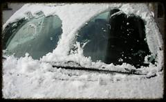 (1snomi1) Tags: auto schnee augen draussen scheibenwischer windschutzscheibe