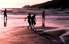 Crantock beach June 14 with Morgan 080 (Claudia Phillips Photography) Tags: sunset sea summer sun playing beach ball children fun football cornwall crantock crantockbeachjune14withmorgan