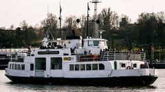 Helsinki (Tuomo Lindfors) Tags: sea water ferry suomi finland helsinki meri suomenlinna vesi sveaborg lautta niksoftware analogefexpro