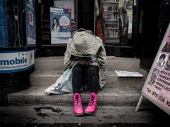 Me and You against the World (pxlline) Tags: street pink shoe sadness switzerland candid victim streetphotography despair misery zrich emotional empathy ch pinkshoe kreis4 desparation europaallee dasischzri