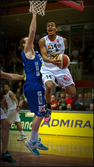 Dejuan Wright (guenterleitenbauer) Tags: pictures sports basketball sport ball photo google fight flickr foto basket image photos action guard picture indoor images fotos april match wright win halle gnter korb liga wels 2016 wbc meisterschaft abl guenter dejuan leitenbauer wwwleitenbauernet gmundenswans