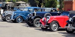 GWR Vintage Cars at Toddington 2016 (davids pix) Tags: cars station vintage war weekend railway winchcombe vehicles gloucester preserved warwickshire 2016 23042016