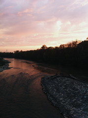 Sunset (Shiela Lagumbay) Tags: sky sun nature river germany munich mnchen deutschland outdoor sunny isar iphone iphone4 vsco