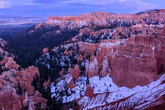Twilight in the hoodoos (CloudRipR) Tags: park sunset mountains ngc canyon national bryce alpenglow brycecanyonnationalpark d810 naturebynikon