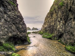 Holywell Stream (Explored) (Ian Gedge) Tags: holywell bay uk england english britain british cornwall kernow sea seaside rocks water coast 100commentgroup
