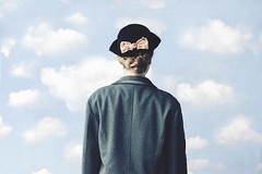 Meet an Artist: Ren Magritte ({moonrise}) Tags: ameliepoulain
