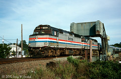 Westbound at NAN (jwjordak) Tags: train us unitedstates connecticut amtrak drawbridge 228 passengertrain eastlyme f40ph amtk train175
