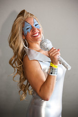 Dazzler (Candice, AKA Bessie Smith) Tags: california costumes losangeles unitedstates cosplay longbeach cosplayers dazzler longbeachconventioncenter longbeachcomicexpo