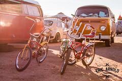 Schwinn Round-Up (Eric Arnold Photography) Tags: bridge bike bicycle vw club vintage ray stingray xx sting group bikes bicycles schwinn 20 roundup volkswagens busesbythebridge busbuses volkswagne
