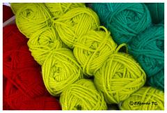 Las tejedoras...IMG_1245 (edgardotc) Tags: verde rojo suma japn tejedoras ovillos lamaisonbisoux sonyalphaa700 edgardotc edgardojpn edgardotejadacueva