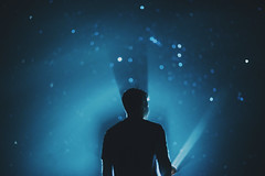 La Bsqueda (JavierAndrs) Tags: light boy shadow summer portrait sky selfportrait man luz me lamp argentina fog backlight night self contraluz dark stars person persona 50mm noche countryside back nikon exposure mood moody darkness bokeh retrato f14 14 country yo young foggy atmosphere sombra dirt torch cielo espalda estrellas verano campo faceless flashlight lantern chico farol dust nikkor neblina crdoba niebla hombre humidity d800 oscuridad oscuro exposicin polvo atmsfera linterna humedad tiera jven