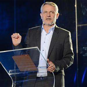 Globo Play não é ameaça a TV tradicional, afirma executivo da Globo
