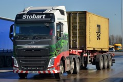 Stobart H4439 KX65 OXE Bethany Lara at Lymm Services 25/2/16 (CraigPatrick24) Tags: road truck volvo cab transport container lorry delivery vehicle trailer logistics lymm stobart eddiestobart volvofh bethanylara skeletaltrailer stobartgroup lymmservices h4439 kx65oxe