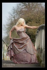 Alicia (Trev K1) Tags: bridge wedding sunset mist tree grass zeiss pose outside spring model dress alicia sony jena carl oxfordshire 135mm a7ii conder