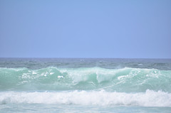 HWI_1116 (Ikuhito) Tags: ocean blue cloud beach hawaii oahu wave northshore