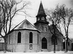 Selkirk - Knox Presbyterian Church, 1934 [MBA] (vintage.winnipeg) Tags: canada history vintage historic manitoba selkirk ruralmanitoba