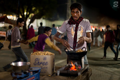 Pushkar (Sugesh Gopal) Tags: india cold night fire village peanut nightscene pushkar streetseller villagelife indiarural