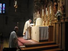 Eastertide 2016 (Saint John's Church, Passaic, New Jersey) Tags: anglican episcopal incense incienso anglocatholic eastertide anglicanos misacantada sungmass episcopales saintjohnschurchpassaicnewjerseyusa anglocatolicos tiempopascual
