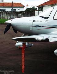 The Cirrus (Antnio A. Huergo de Carvalho) Tags: airplane aircraft aviation wing asa avio propeller cirrus aviao sr22 hlice cirrussr22 pitot sr22gts aviaoexecutiva aviaogeral prjoa