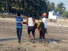14 Pune college students drowned in Murud Beach near Mumbai (tamilgoose) Tags: maharashtra raigad murudbeach studentsdrowned murudbeachtragedy punestudentsdrowned