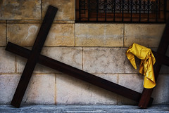 Elementos de penitencia (M. Martn Gmez) Tags: easter spain nikon catholic religion procession ostern spanien semanasanta elche holyweek  prozession comunidadvalenciana