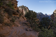 "Angels Landing Trail • <a style=""font-size:0.8em;"" href=""http://www.flickr.com/photos/63501323@N07/24614802381/"" target=""_blank"">View on Flickr</a>"