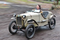 VSCC Driving Tests 2016 (Brooklands Museum) Tags: classic vintage austin classiccar banking vintagecars vscc brooklands prewar brooklandsmuseum vintagesportscars vintagesportscarclub membersbanking drivingtests austin7ulstersports