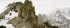Sur l'arte de la Petite Verte (Yvan LEMEUR) Tags: alpes granite chamonix rochers alpinisme ambiance hautesavoie argentire alpinistes aiguilleverte hautemontagne petiteverte