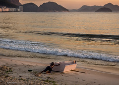 Will she float? A young boy pushes a homemade DIY boat in the the Atlantic - Copacabana Beach (Phil Marion) Tags: travel wedding boy vacation people woman hot cute sexy praia beach girl beautiful beauty sex brasil canon naked nude amazon samba slim nu candid hijab nackt explore tranny xxx chubby  phat burqa nudo desnudo riodejaniero  nubile telanjang schlampe    5photosaday brasiliera explored  thn nijab alaston    kha    malibog    philmarion         saloupe